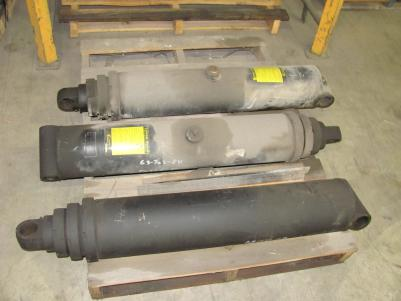 Custom Hoist 3 Stage Telescopic Hydraulic cylinder pn 63-702-84 ***** SOLD *****